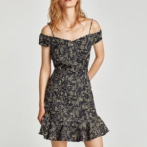 Zara Floral Exposed Shoulder Ruffle Dress Small